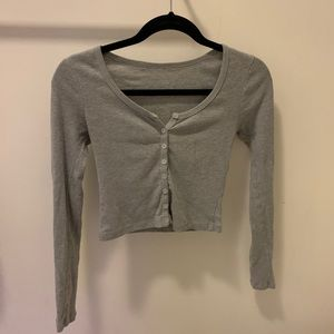 brandy melville gray button up top